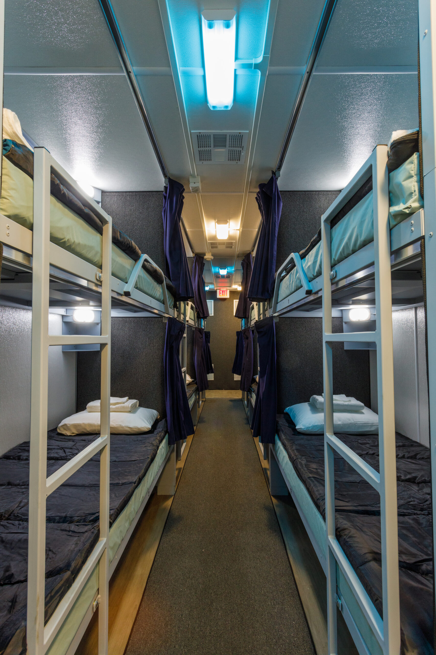 Lodging Solutions/Industrial Tents Mobile Sleeper Trailer for Emergency Relief