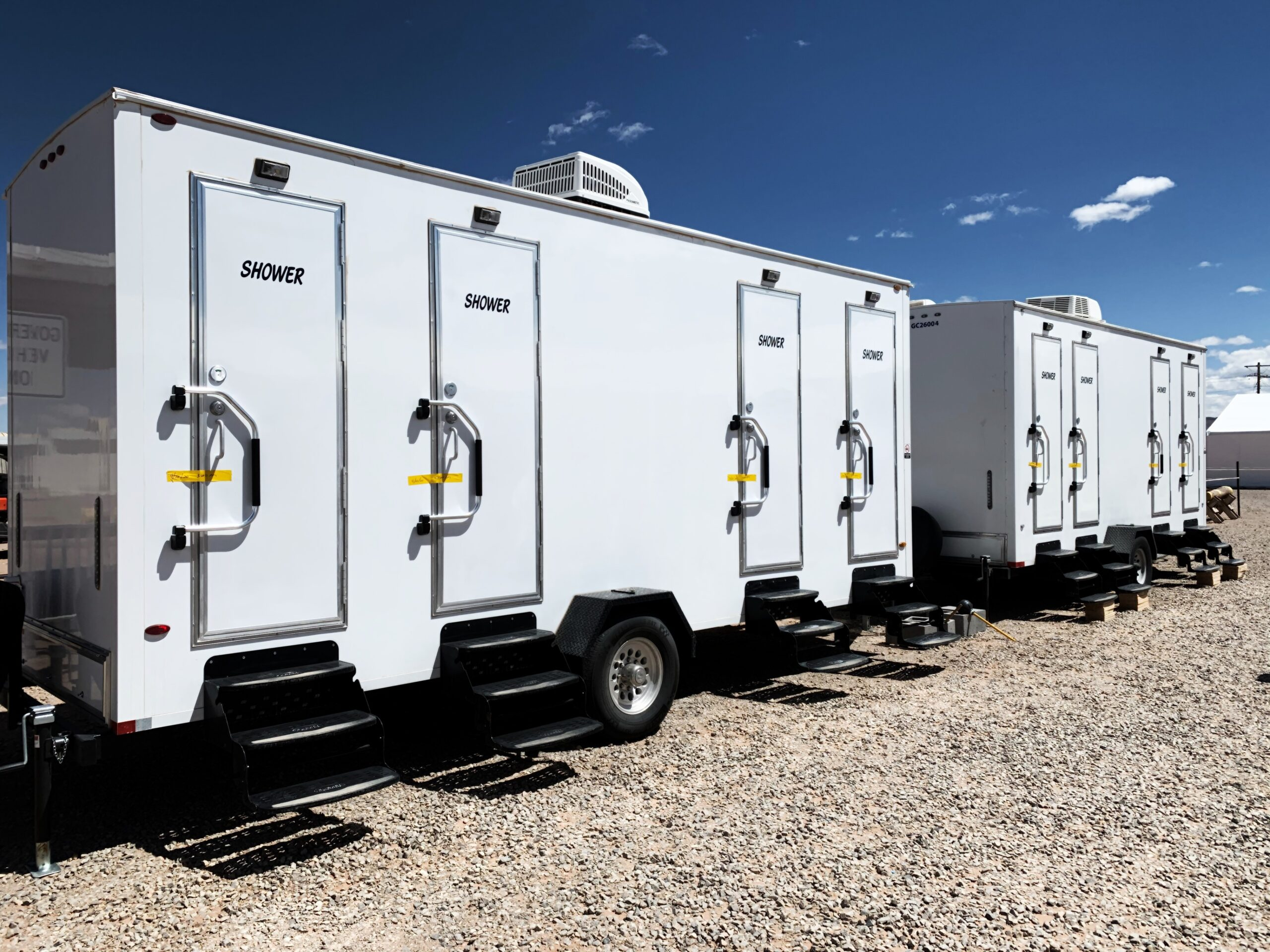 Lodging Solutions/Industrial Tent Systems Showers Trailer for Emergency Relief