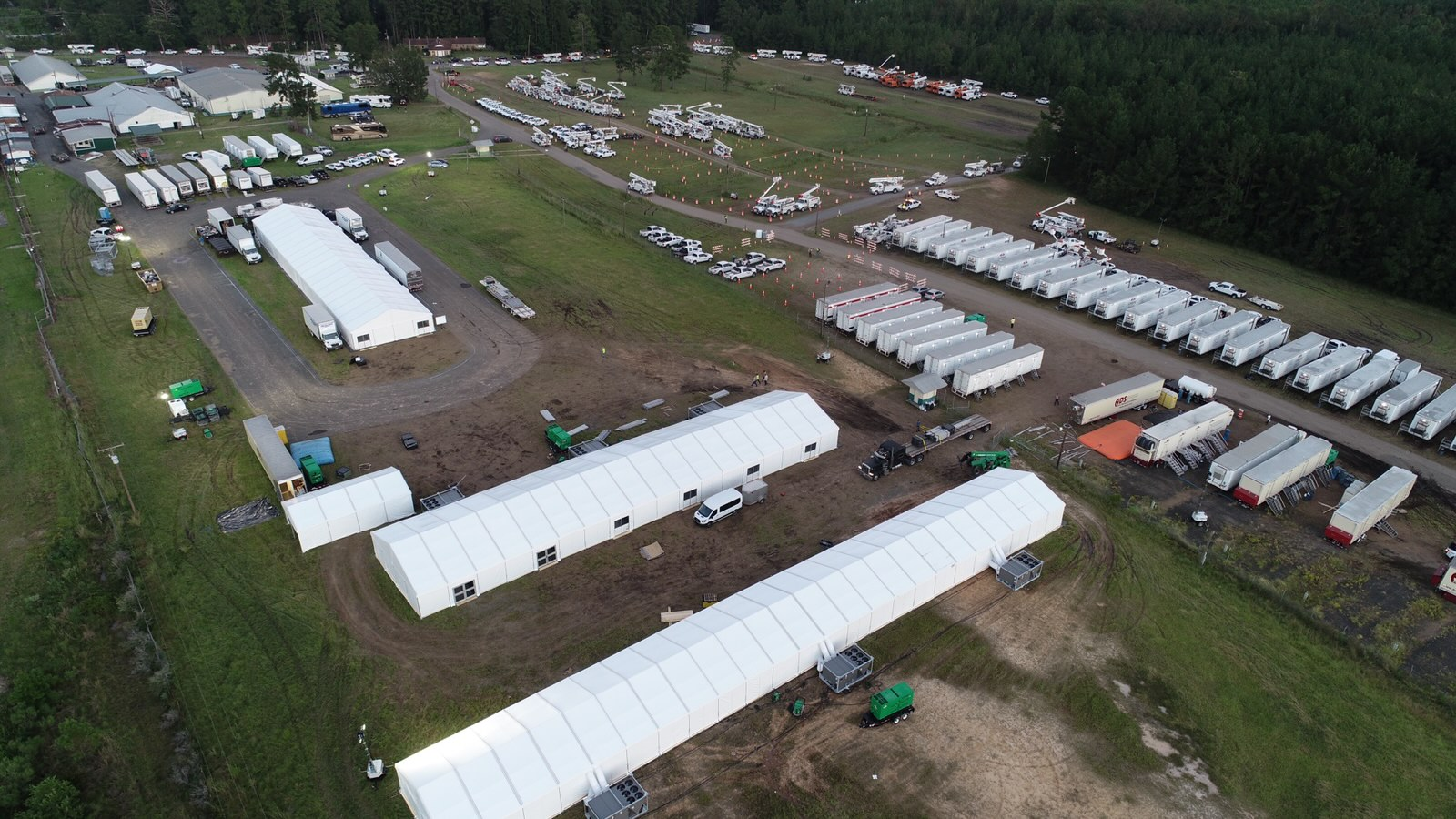 Lodging Solutions/Industrial Tents Base Camp for Disaster Relief Relief